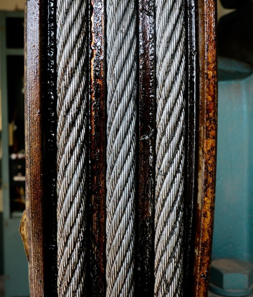 Steel wire ropes for elevators drew large.