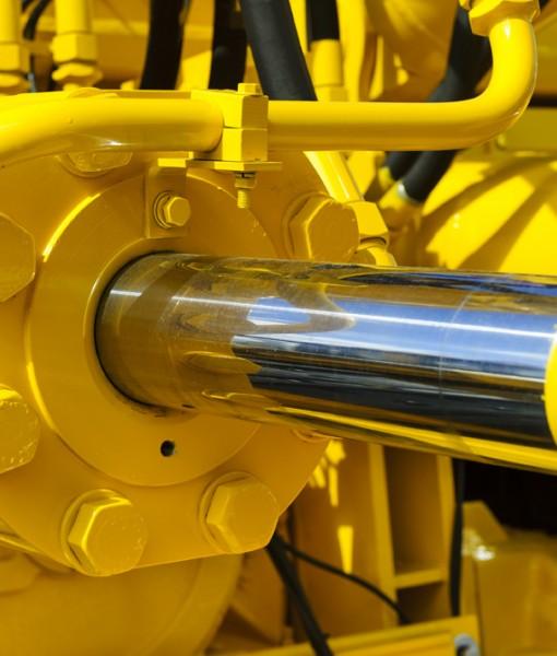 Hydraulic piston system for bulldozers, tractors, excavators, ch